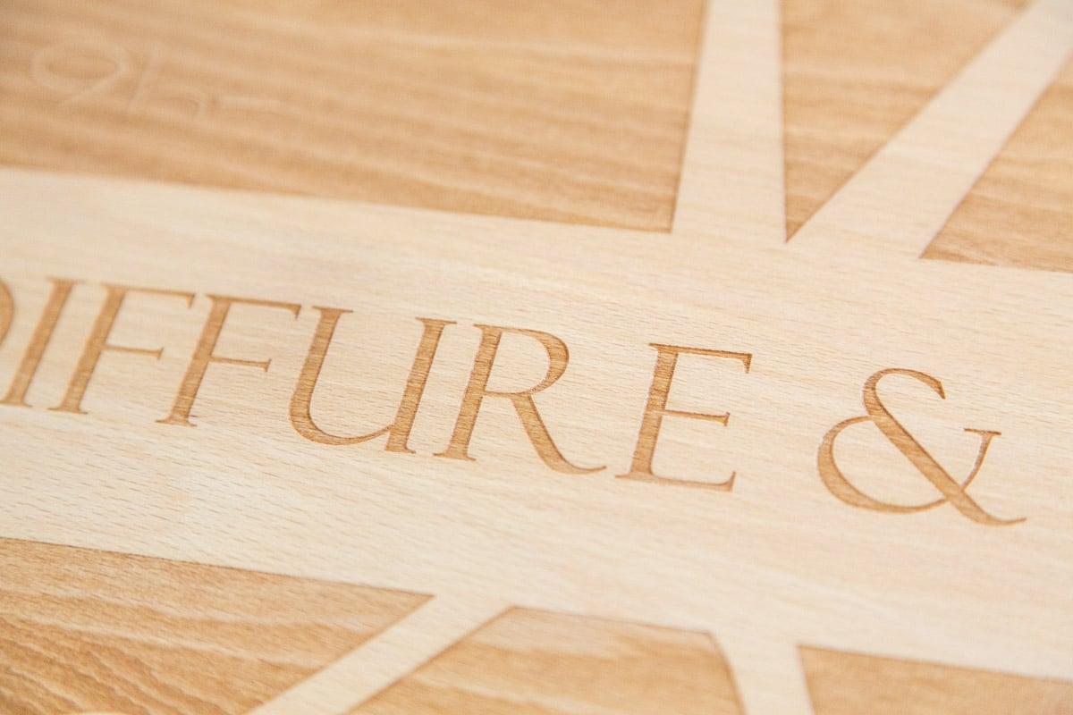logo signaletique enseigne bois 3d magasin bureau restaurant 21